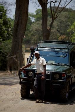 daniel-the-best-guide-in-tanzania-3